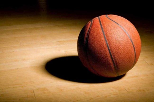 Собери команду и сыграй в баскетбол