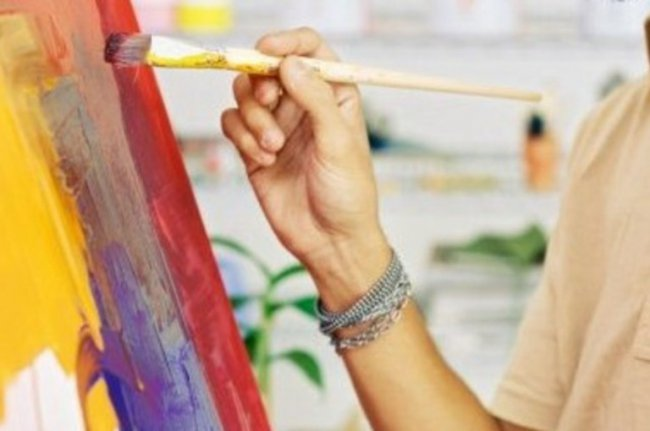 В картинной галерее выставят художников-любителей