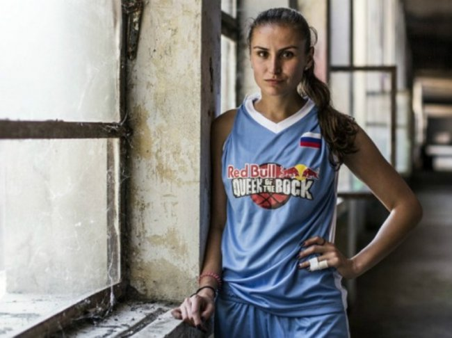 В Магнитогорск приезжала чемпионка мира по баскетболу