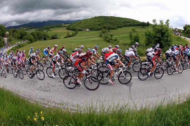 Наличие велосипедного шлема обязательно