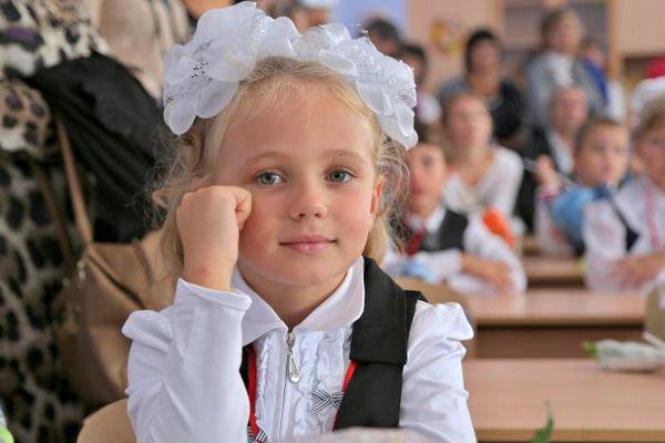 Школьники начнут учиться с октября?