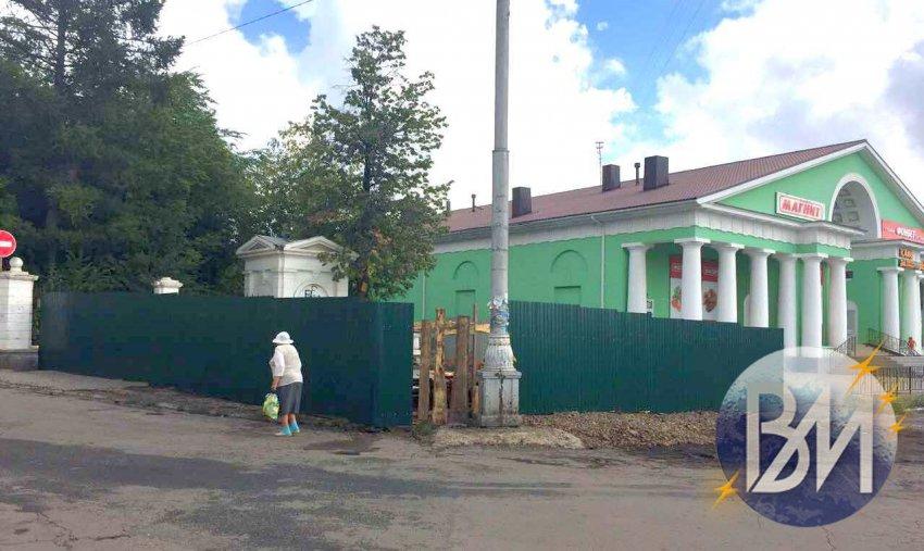 Что строят на площади Горького?