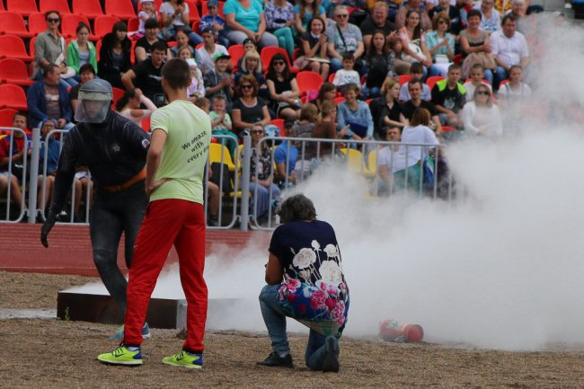 На фестивале ГТО подожгли обновлённый стадион