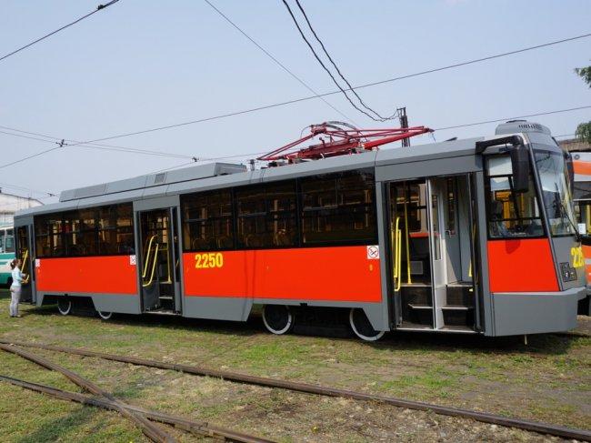 Перед Новым годом прокатимся на новых трамваях!