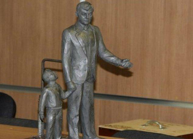Ивану Ромазану возвели ещё один памятник