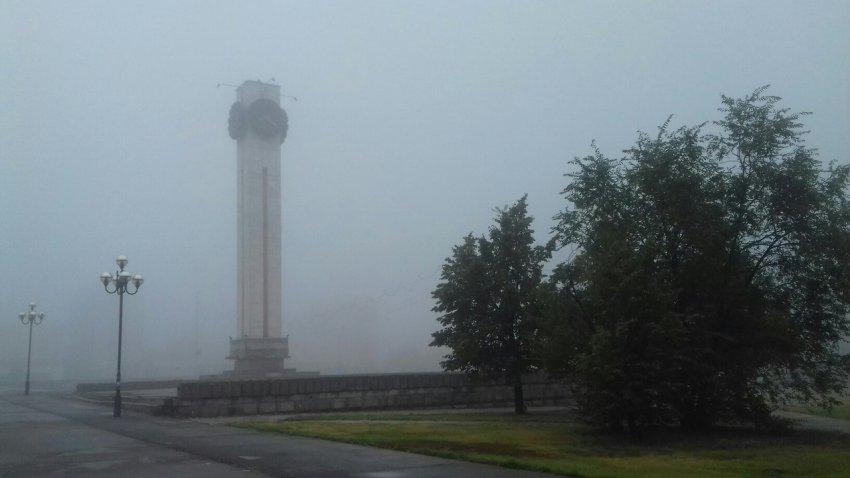 На Магнитку спустился молочный туман