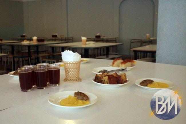 Горожане стали чаще обедать в кафе