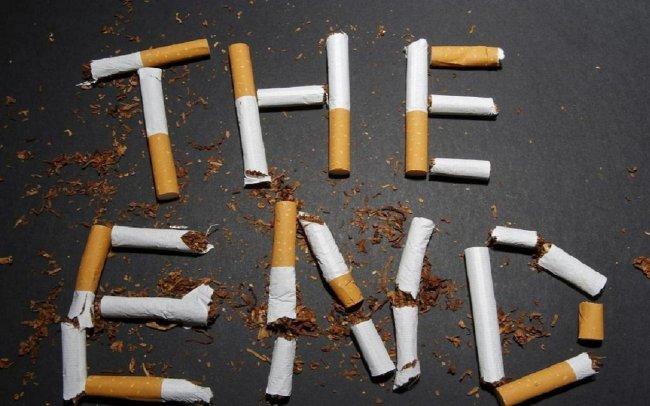 От курения умирает 400 тысяч человек каждый год