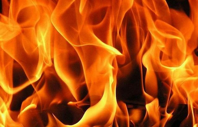 Двое мужчин погибли при пожаре