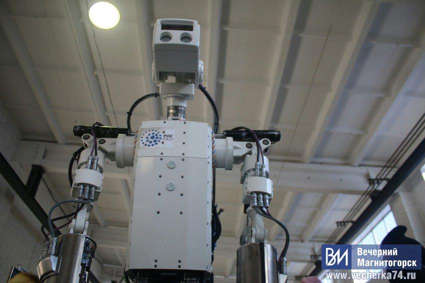 Магнитка будет производить роботов для космоса