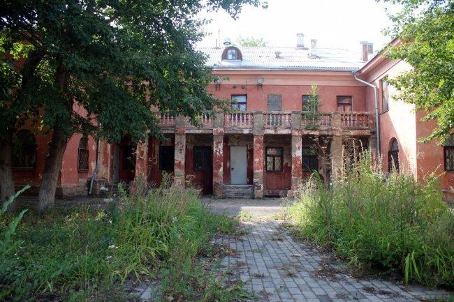 Новая жизнь здания сталинского ампира