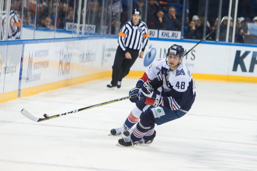 Евгений Бирюков остаётся в «Металлурге»