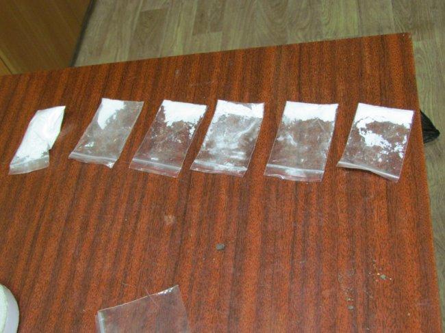 В Магнитке задержали 18-летнего наркодилера