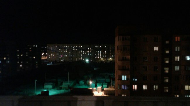 21-летняя девушка выпрыгнула из многоэтажки