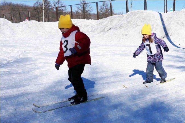 Названы весёлые снеговики