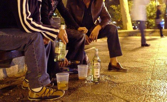 Народная примета: пьяным быть – к потере денег