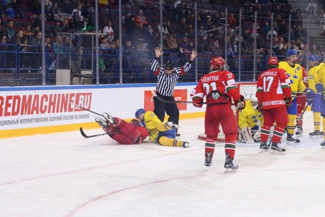 Хоккеисты юниорской сборной Беларуссии (U-18) уступили Швеции наЧМ в Российской Федерации