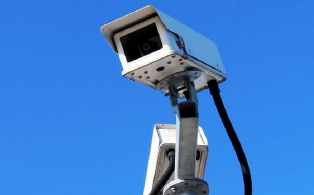 На городских дорогах появятся ещё 11 камер видеофиксации