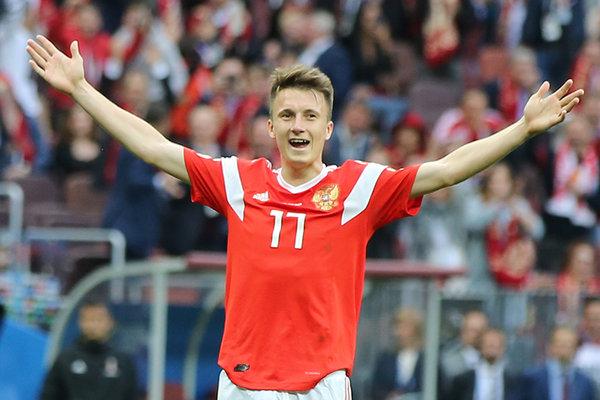 Сегодня футбол смотрит вся Россия