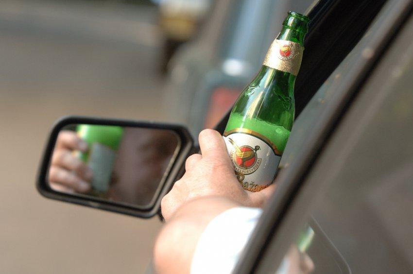 Пьяный водитель ехал по встречке