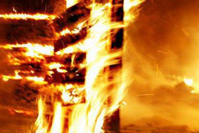 Сгорело сто тысяч рублей