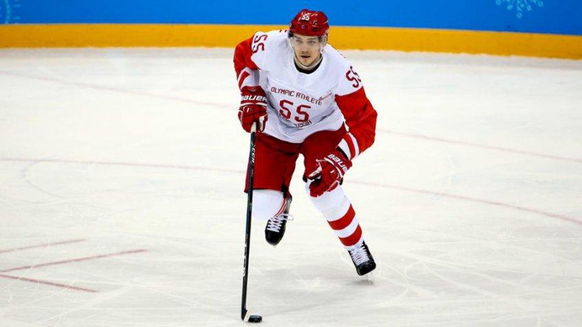 Шайба отправила российского хоккеиста в больницу