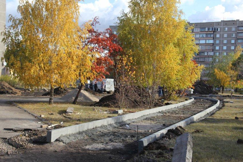 В сквере Бориса Ручьёва работает техника
