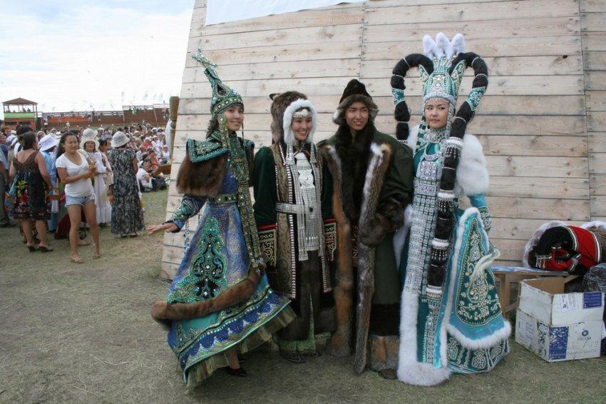 Какие народы проживают в России?