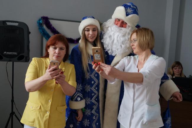 Дед Мороз дошел до медсанчасти