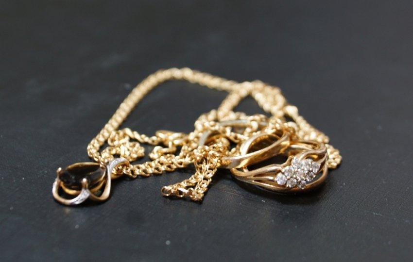 Полиция раскрыла кражу золотых изделий