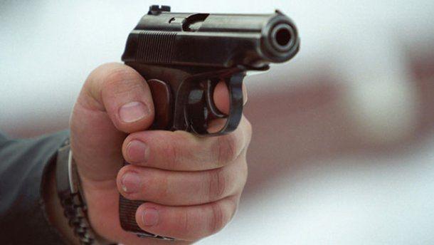Застрелил тёщу и её подругу ради сына