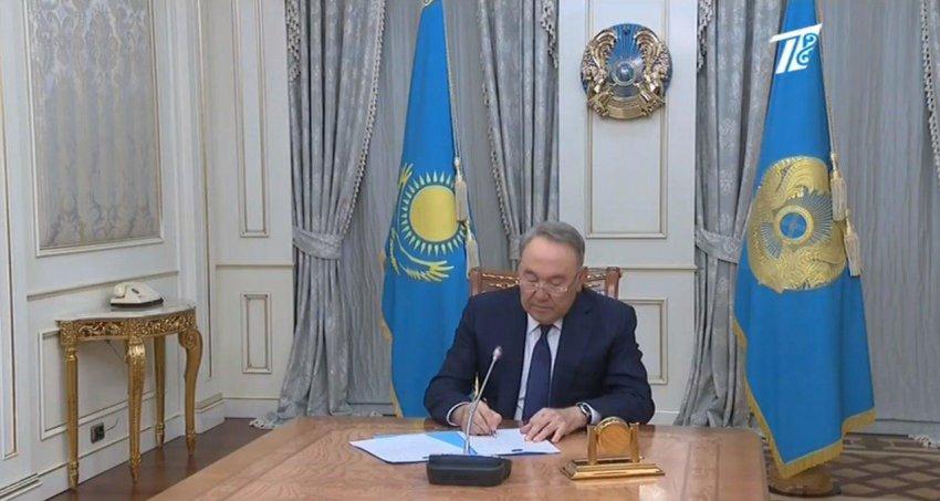 Он 30 лет руководил Казахстаном
