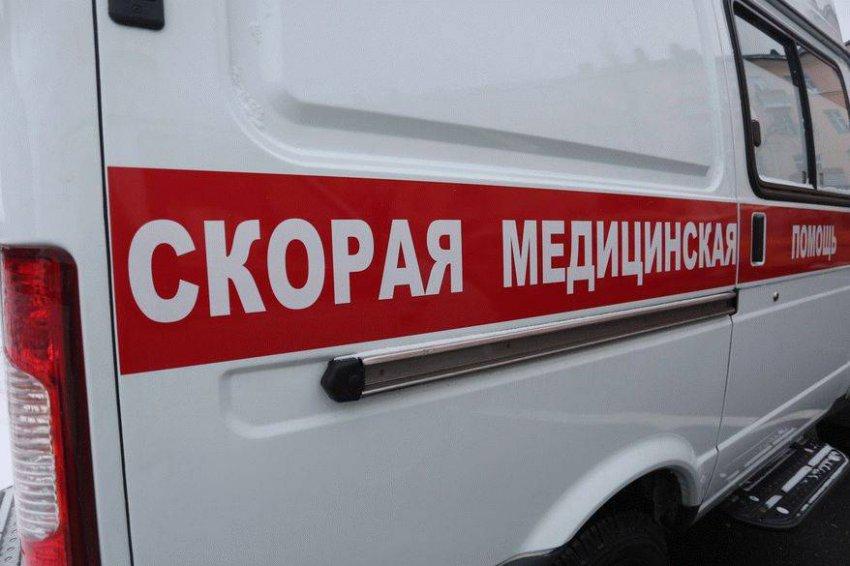 В Подмосковье фура врезалась в микроавтобус