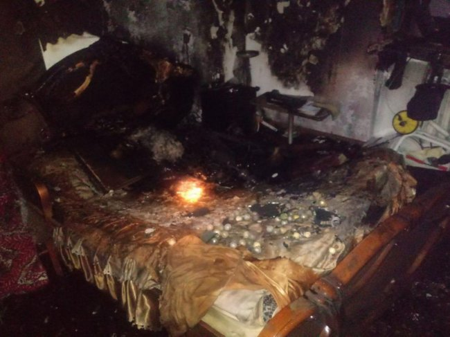 10-летний мальчик отравился продуктами горения, когда помогал тушить пожар