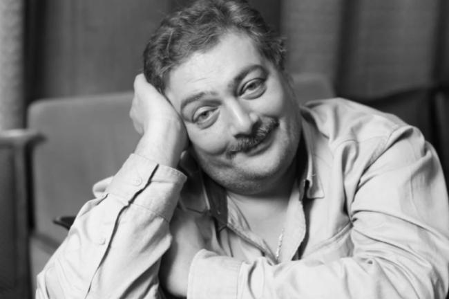 Писателю Дмитрию Быкову стало лучше