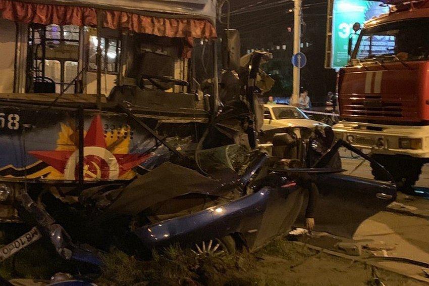 Пять человек погибли трое госпитализированы