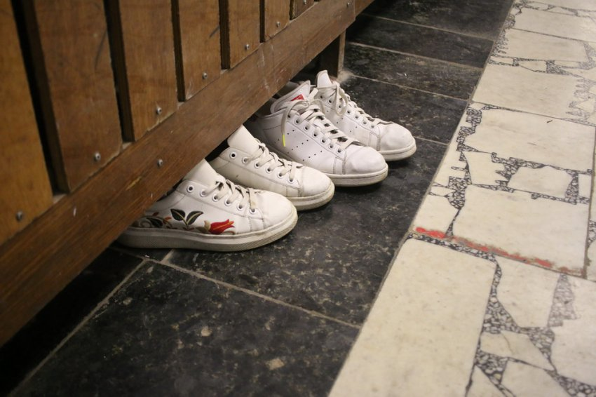 Молодые и на каблуках!