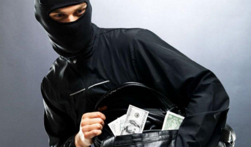 Магнитогорские полицейские задержали банду грабителей