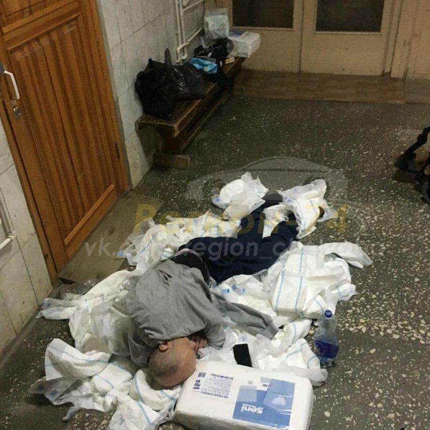 Инвалид провёл ночь в приемном покое больницы на подгузниках вместо кровати
