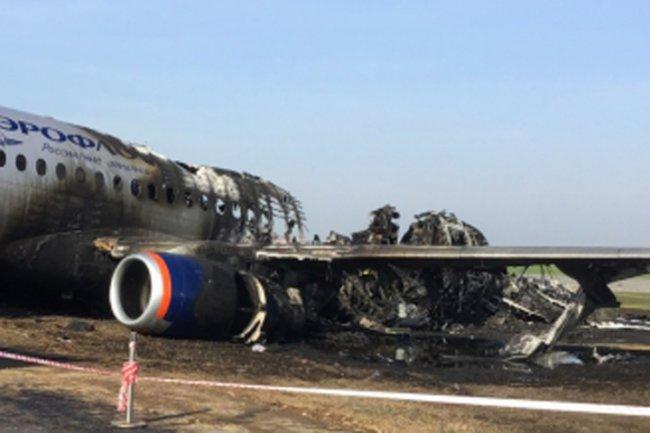 Аэрофлот заступился за пилотов загоревшегося