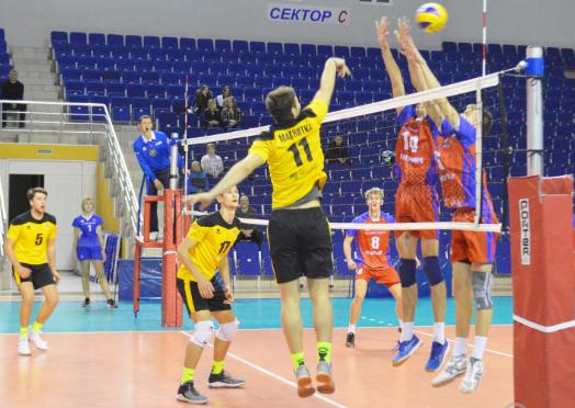 Магнитогорские волейболисты сыграют с чемпионами России
