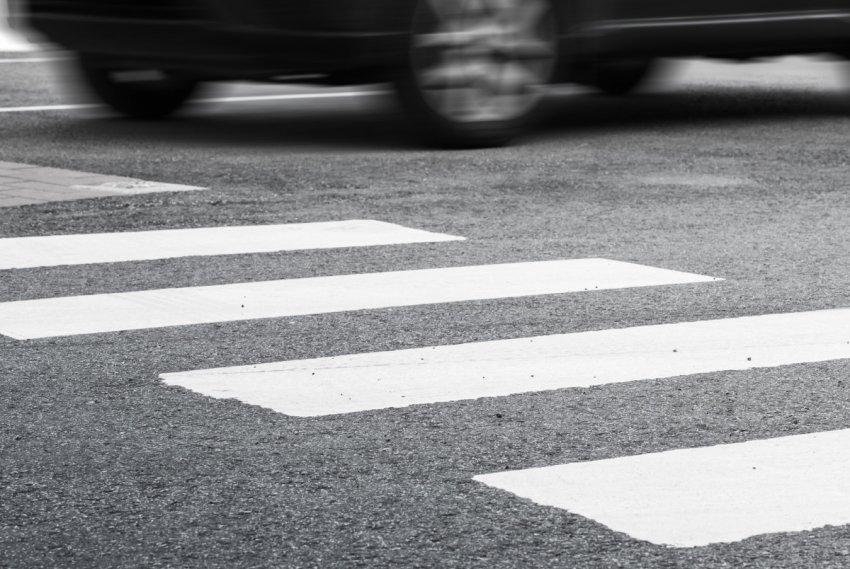 Сбил мужчину на пешеходном переходе