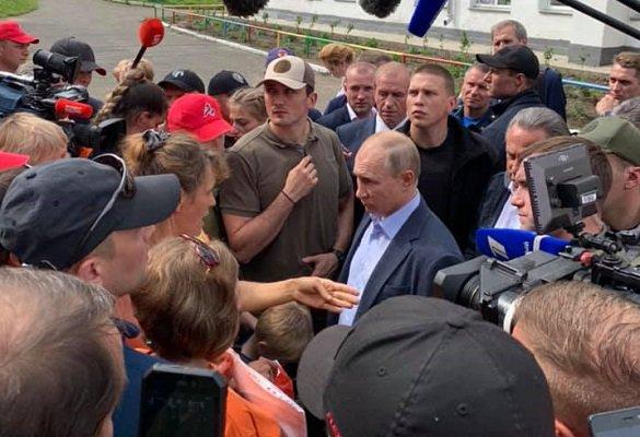 Путин пообщался с пострадавшими