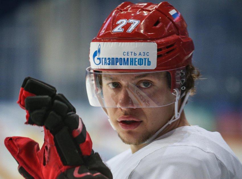 Российский хоккеист получил рекордный контракт