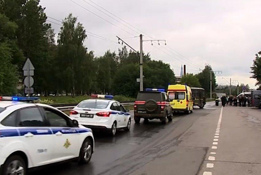 В Петербурге простились с подводниками, погибшими в Баренцевом море