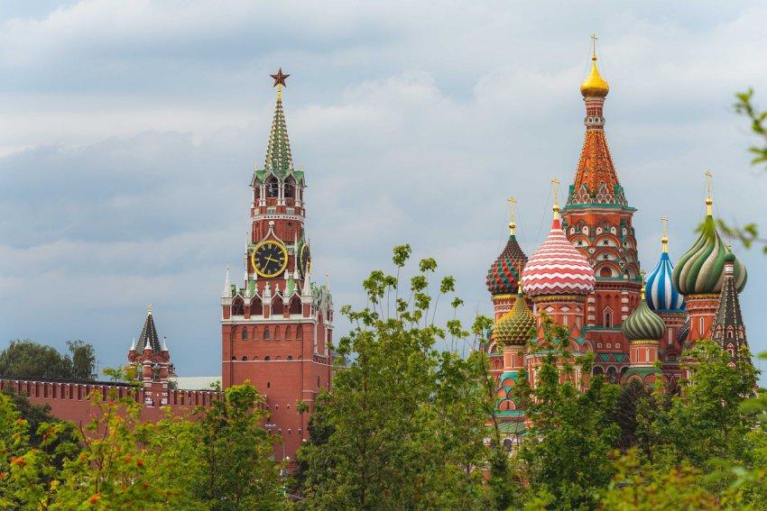 На территории Кремля нашли бомбу