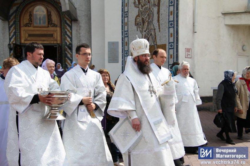 РПЦ сняла с должности епископа Иннокентия