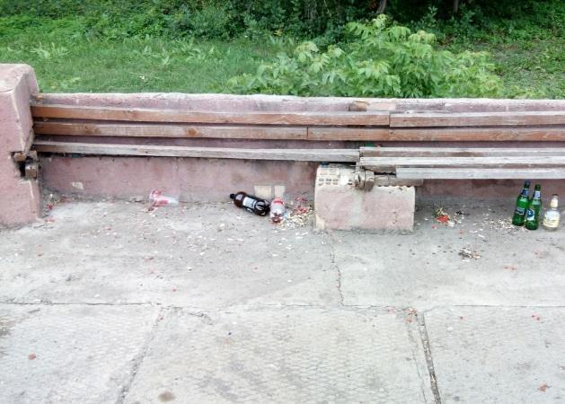 Весёлая жизнь «школьного» сквера