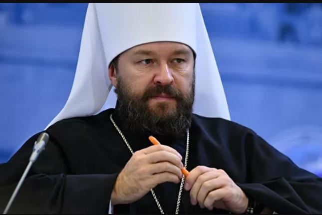 Сколько получает священник?