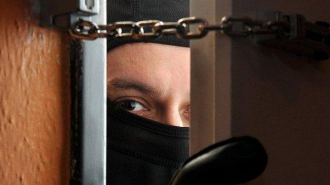 В Магнитогорске задержали мужчину, грабившего квартиры